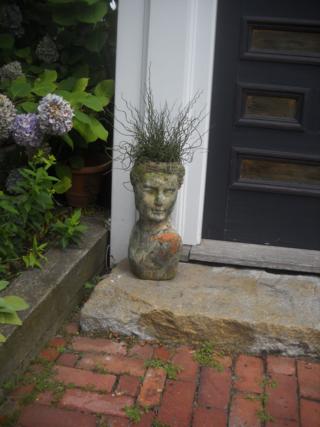Provincetown_doorway_bust