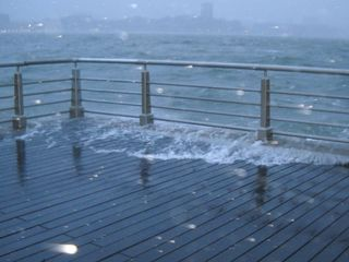 Sandy_surge