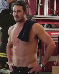 Taylor.kinney_chicagofire