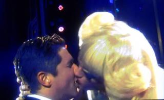 Hedwig.kiss.tonyawards