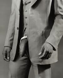 Man_in_polyester_suit_mapplethorpe