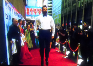 Hughjackman.hopping.tonyawards2