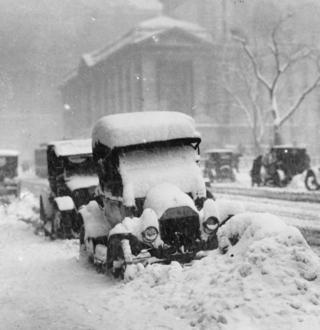 Nycsnowstorm.1910s
