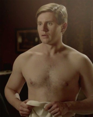 Tom.braxton.shirtless.downtonabbey