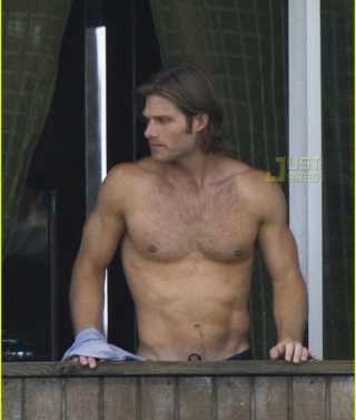 Chris-carmack-shirtless-03