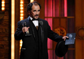 Rylance_TonyAwards_2011