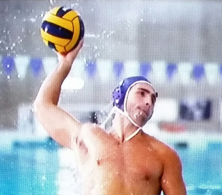 Water polo - tylenol ad