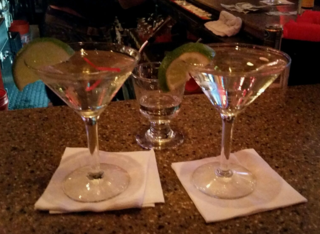 Cocktails.gimlets