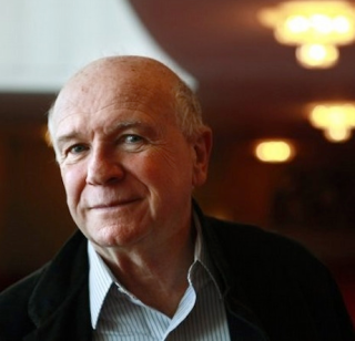 Terrence-McNally.-Photo-by-Jacquelyn-Martin-Associated-Press-File